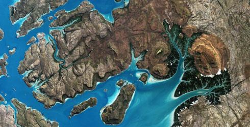 太空俯拍澳大利亚 蔚蓝海岸如油墨