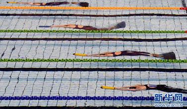 蹼泳——全国春季锦标赛:孙祎婷打破女子400米器泳世界纪录