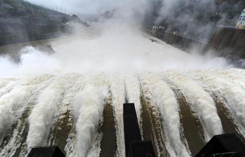 福建水口水電站開閘泄洪