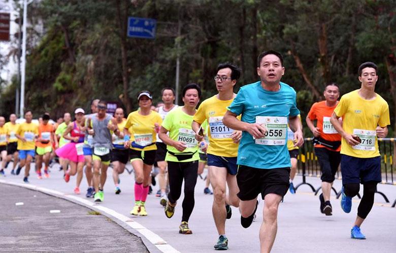 泰寧環大金湖世界華人山地馬拉松賽開跑