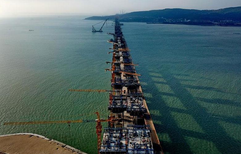 平潭海峽公鐵兩用大橋加緊建設
