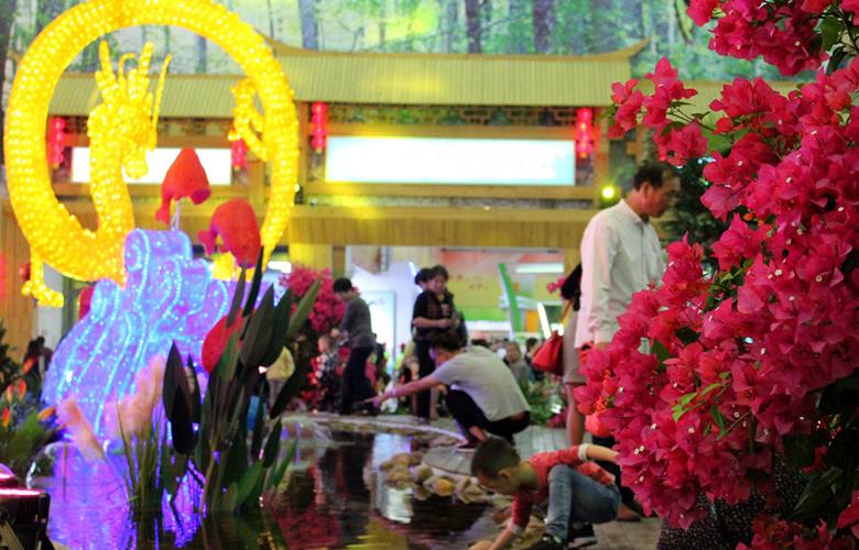 第十四届林博会6日开幕 2800多种产品参展