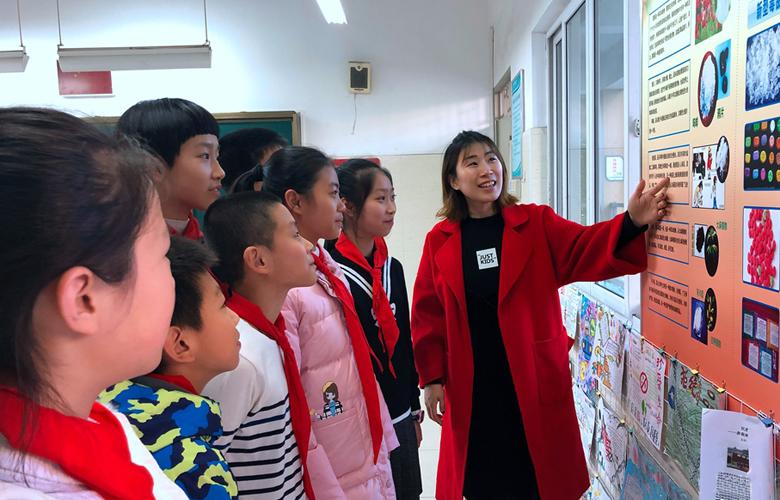 福州:禁毒宣教室进小学 多种展示区很直观