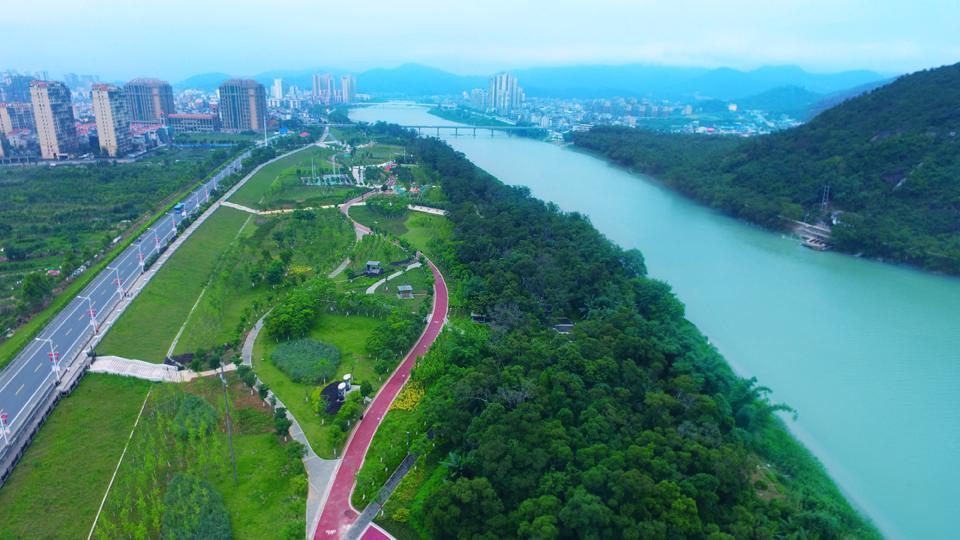 连江西滨公园休闲步道(资料图)