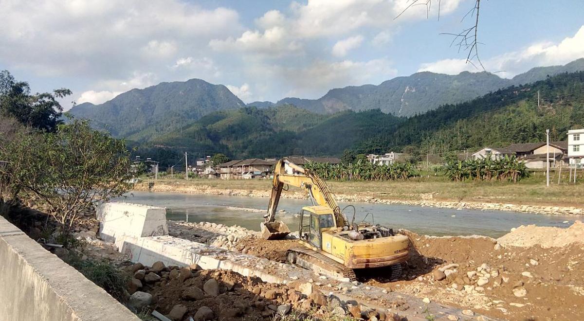 永泰县清凉镇渔溪村水毁应急护岸工程施工现场(资料图)
