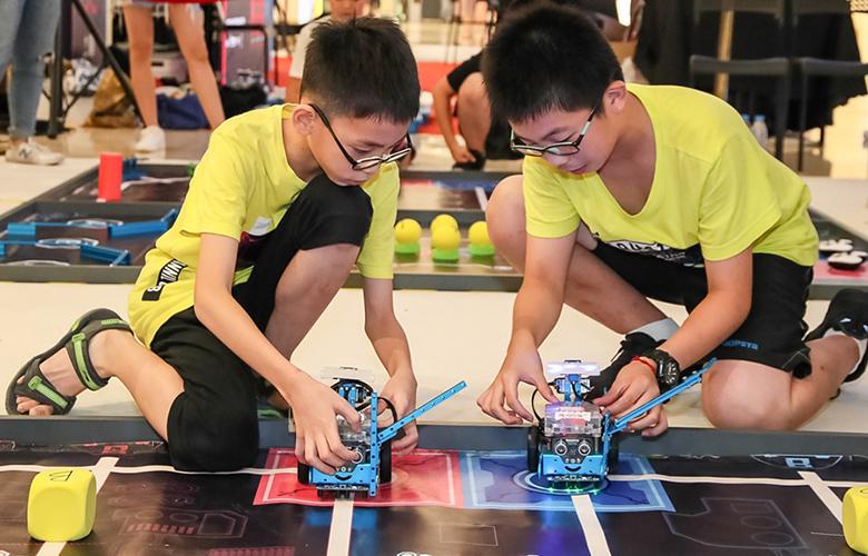 【組圖】機器人競賽激發青少年創造潛能