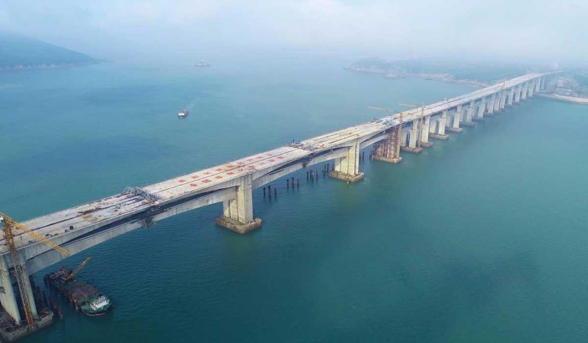 福平鐵路平潭海峽公鐵兩用大橋平潭段全部貫通