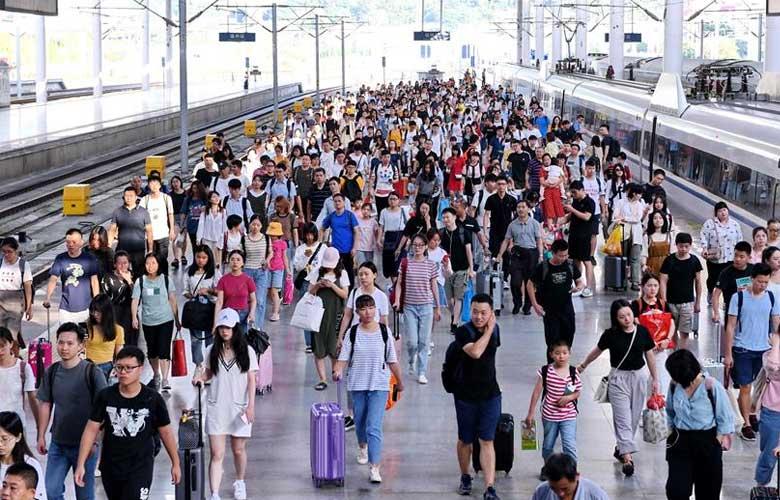 福州火車站迎來中秋假期返程客流高峰