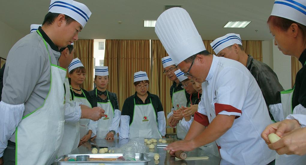 福建省大力扶持沙縣小吃産業,帶動貧困人口就業脫貧。