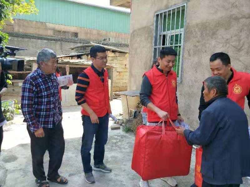 泉州洛江:黨員志願服務進鎮村
