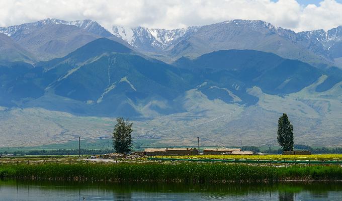 【新疆是個好地方】路通景美 高家湖的遊人來了