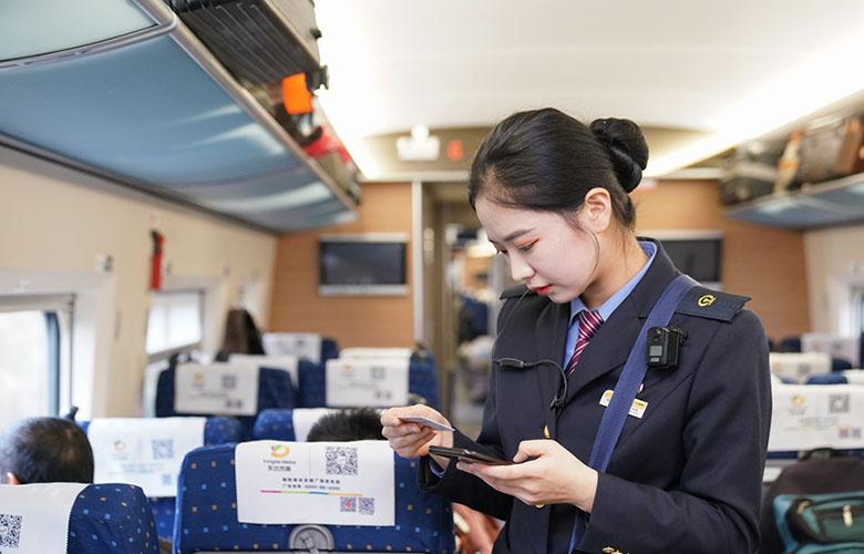【新春走基層】溫馨服務迎客流高峰