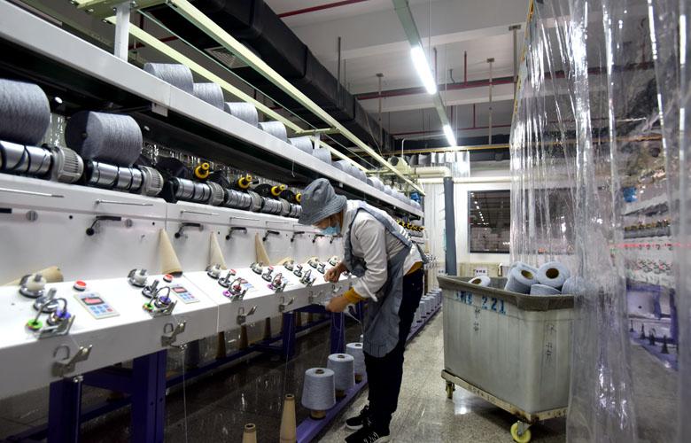 """福建南安:防疫生産""""兩手抓"""" 企業復工復産忙"""