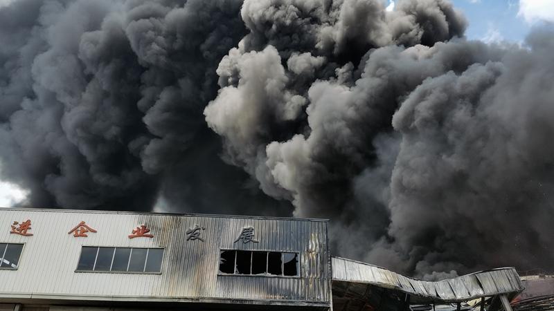 視頻|福建龍岩一新能源公司火災救援現場