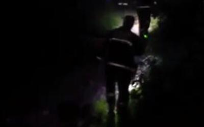 泉州:十余警力協同搜尋 夜救走失老人