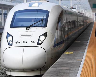 """臺風""""米克拉""""侵襲東南沿海 南鐵停運部分旅客列車"""