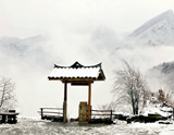 武當山三月飛雪